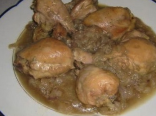 Pollo incipollato