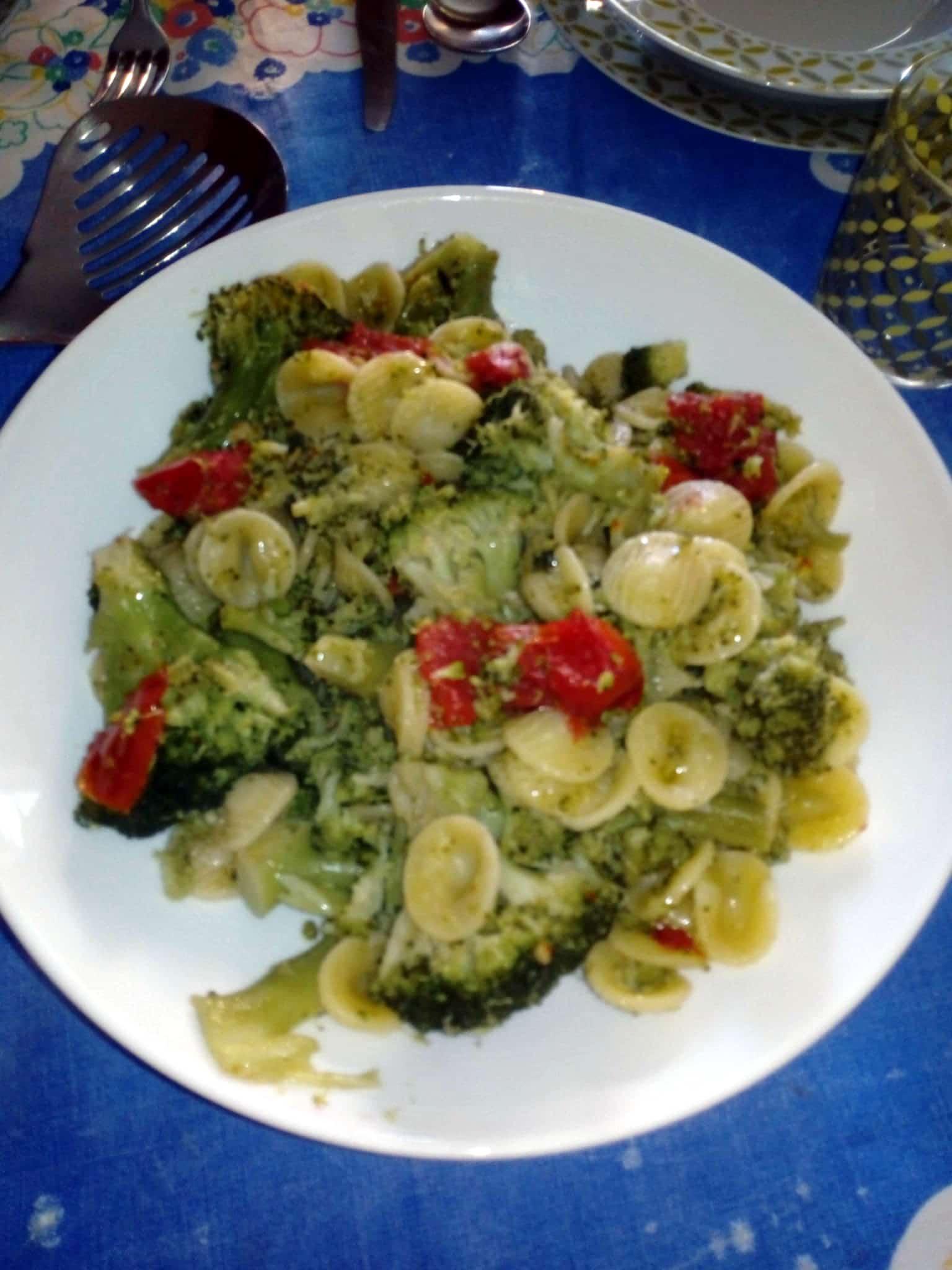 Orecchiette con i broccoli (ricetta per 4 persone)