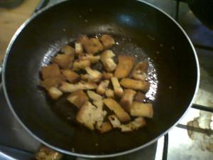 Bucatini crunch al pomodoro per 4 persone
