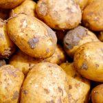 Salsicce con patate (4 persone)